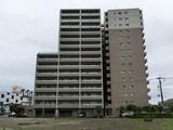 宮崎市 中古マンション ポレスターブロードシティ南宮崎 2,280万円 (築13年) 4LDK 13F  高層階 角部屋 ペット可
